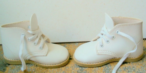 Vintage Baby Shoes White Walking Shoes Size 2 1 2