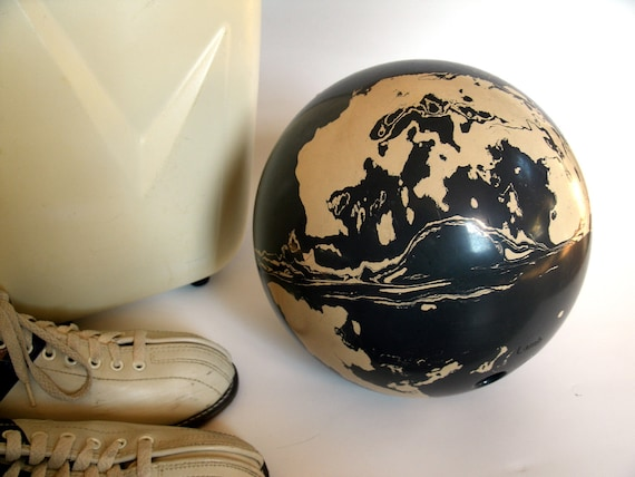1960s Vintage Brunswick Imperial Bowling By Countrysidepeddler