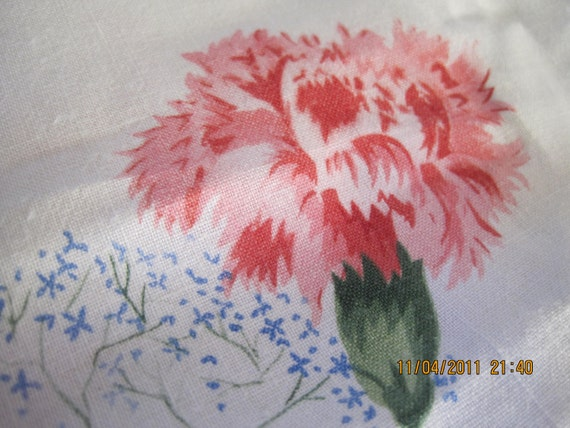 Vintage Tablecloth Mid Century Spring Table With Pink Carnations
