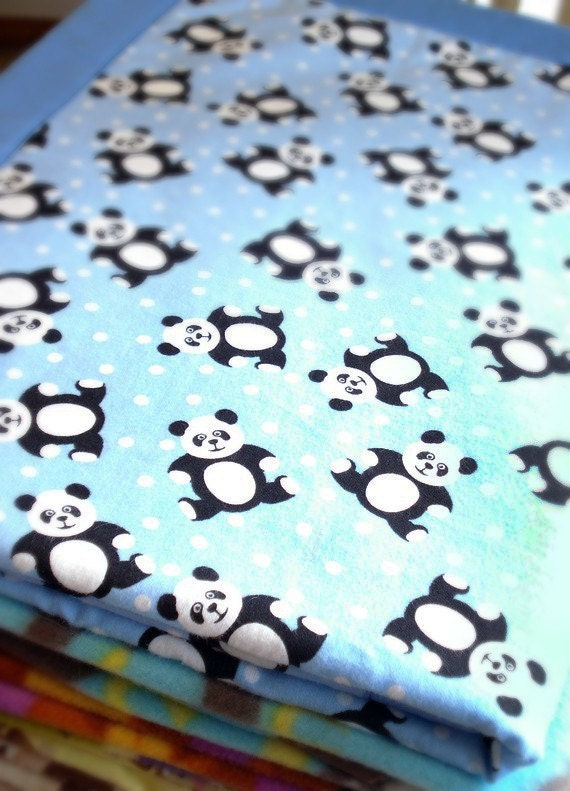 Cuddly Panda Cozy - Reversible Pet Blanket