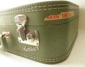 vintage green Carilite Suitcase