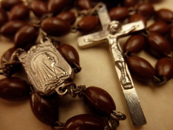 vintage brown rosary -Senhora de Fatima