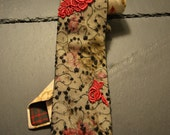Beige Necktie with lace fabric and embroidery