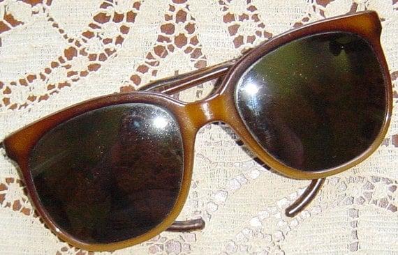 Retro Sunglasses 1980s Large Mirrored Beach Surf Wear