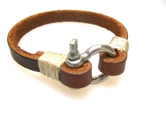 Rustic Brown Leather Bracelet with Steel D-Ring Clasp
