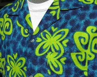 vintage 1960's Men's Hawaiian shirt. Bright day-glo Scooby Doo graphics. Medium