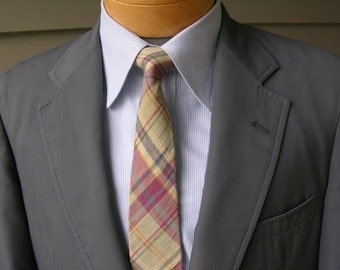 vintage 1980's Men's summer sport coat by -Corbin'. Gray poplin-look with Ivy League styling. Darted front. Size 40