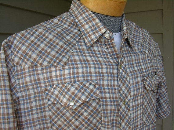 vintage 1960's Men's short sleeve shirt. Western cut check plaid. Roebucks. Super thin. Extra Large.