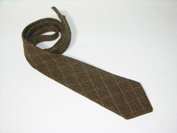 vintage 1930's - 1940's Men's woolen neck tie. Harlequin pattern Tweed. Scotland