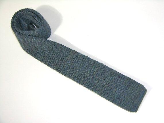 "vintage 1960's -1970's Men's wool knit neck tie. Slate Blue brindle. 2 1/4"" width"