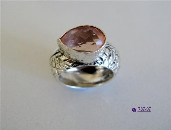 Sterling Silver Ring with Teardrop Rose Quartz Stone - Handmade Jewelry - One Of A Kind