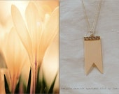 "Spring "" Vanilla ""necklace rubber/sponge"