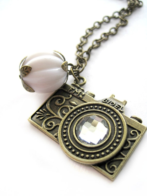 Camera necklace - VINTAGE white bead - camera pendant, photo camera, charm, lense - antique brass