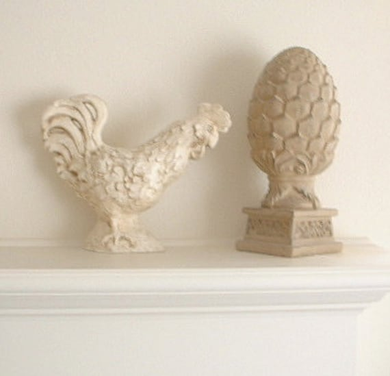Large Shabby Chic Rooster Chicken. Made of pottery with an antique finish. For garden or home.