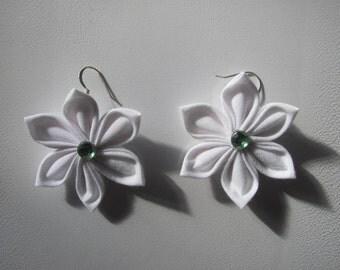 White Flower Kanzashi Earrings (Custom made)