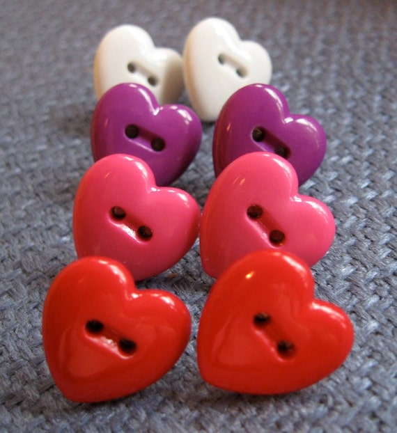 4 Sets of Heart-Shaped Button Earrings