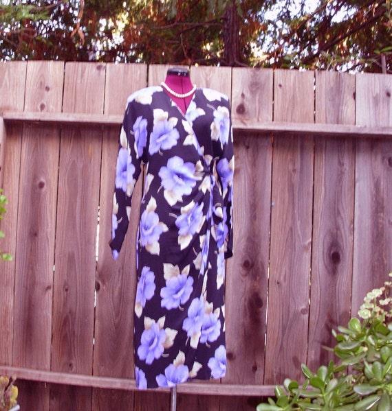 Sale 30% off Vintage Floral Crepe de Chine Wrap Dress Noir and Violet