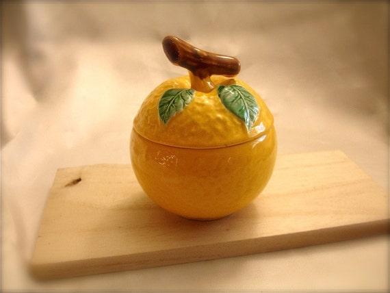 Vintage ceramic Lemon Jam jar, ceramic lemon sugar bowl, ceramic lemon honey jar, ceramic lemon condiment jar