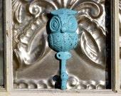Aqua Blue owl wall hook/ shabby chic owl key hook/ Anthropologie Inspired Owl HookCoat Hook/ Bath Hook/ Pool Hook/ Key Hanger/ nursery deco