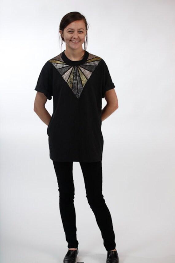 50% OFF Vintage Black Glitter Triangle Shirt