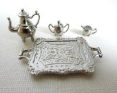 Doll House Miniature. Miniature tray and pots