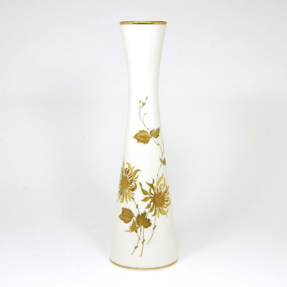 Alboth and Kaiser Anja Vase, Gold Flowers and Trim, Hourglass Shape, Alka-Kunst, Alboth and Kaiser, Bavaria, Western Germany, ca. 1950s