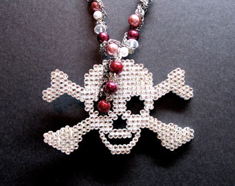The Halloween necklace, the ultimate skull necklace