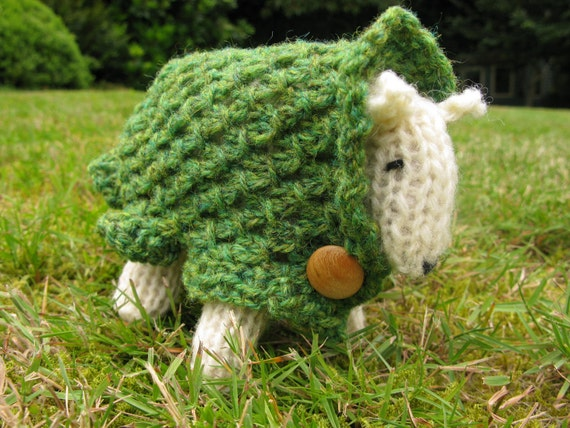 Knit your own sheep kit - Maeve