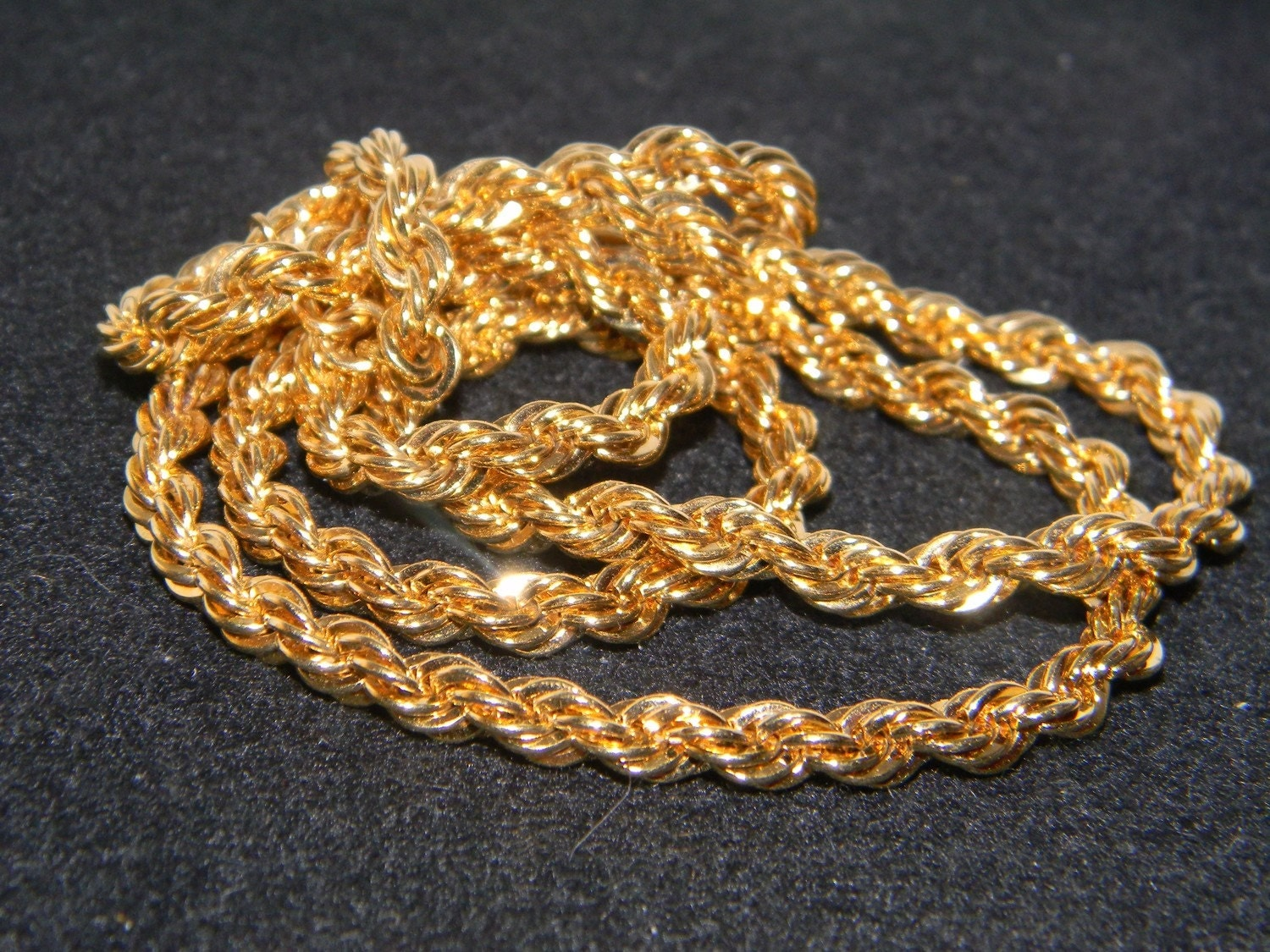 classic monet gold tone rope necklace approx 26