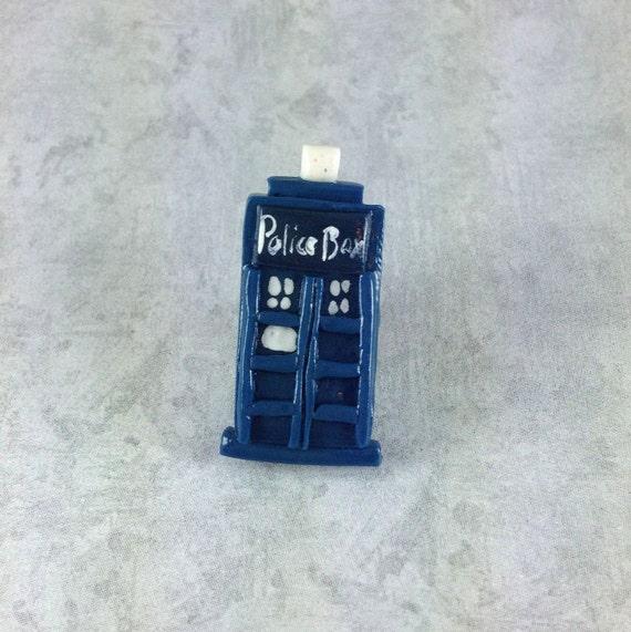 Doctor Who TARDIS Pin