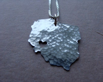 Poland Necklace. Poland Country Shaped Art Jewelry. Personalized Polish Gifts For Her. Silver Poland Jewelry Keepsake. Travel Gifts for Mom.
