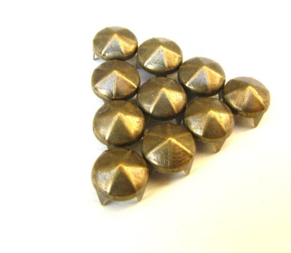 100 Medium Rich Bronze Peaked Nailhead Rivet Studs - 8mm