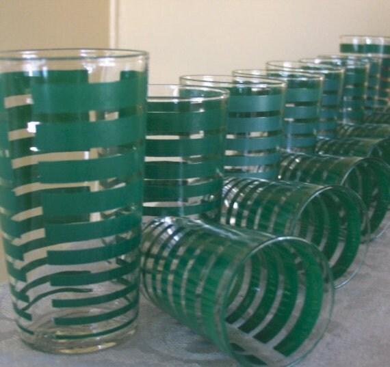 Vintage Kelly Green Beverage Glasses - Set of 15 - Near Mint