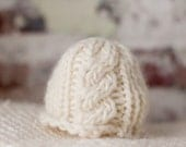 Newborn Cable Knit Hat for Photographers - Cable Rice Paper