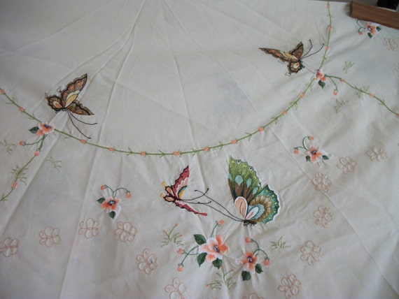 """Beautiful Butterfly Tablecloth 81"""""""