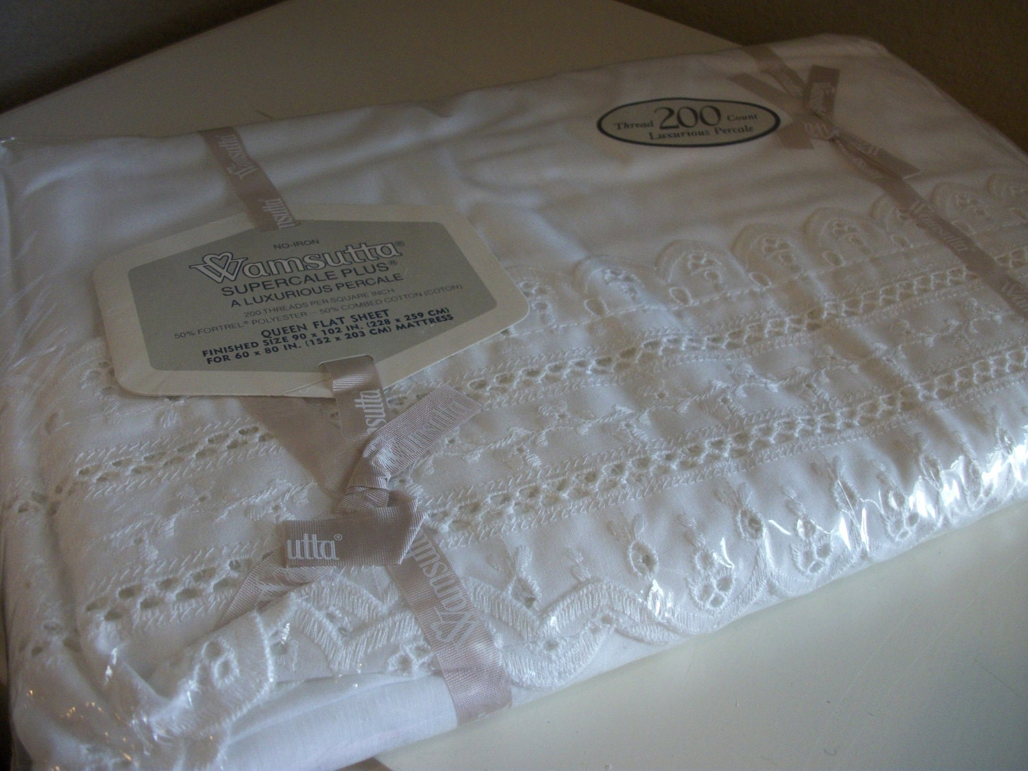 Vintage Queen Flat Bed Sheet Eyelet Lace Trimmed Wamsutta