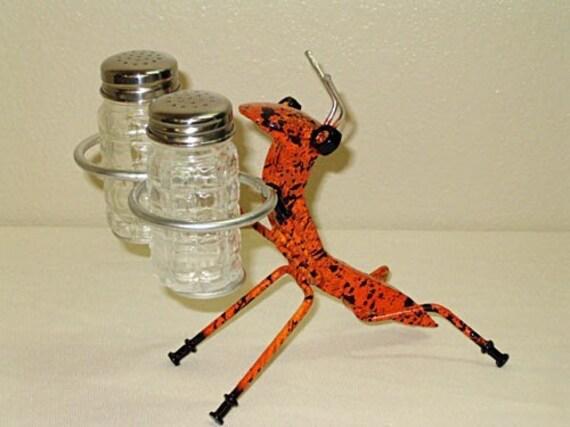 Whimsical Ant Salt & Pepper Shaker Holder