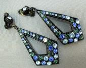Art deco  RHINESTONE Earrings. clip.  Blue Black Green  NO.00202