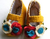 Perfectly Mustard Signature Style Felt Baby Booties Soft Shoe
