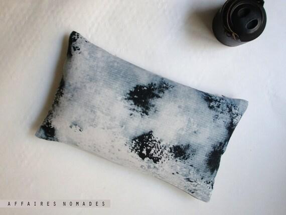 Linen Mini Oblong Throw Pillow .. L u n e  / FRAGMENTS