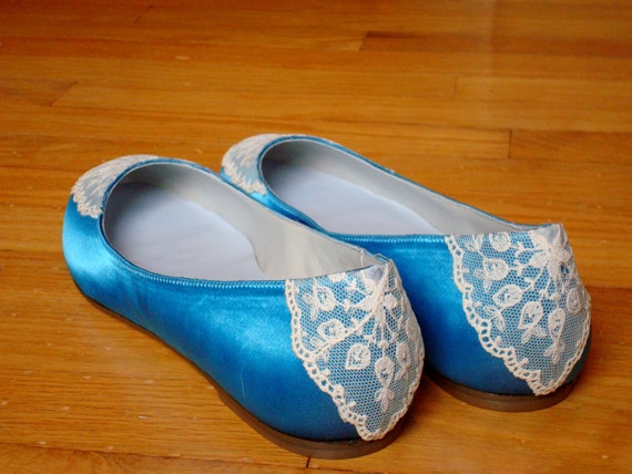 CLEARANCE Ready to Ship Size 9.5 Cayman Blue satin wedding shoes with vintage lace on the toe and heel