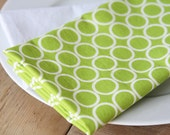 AS SEEN IN Parenting Magazine (March 2013): Cloth Napkins - Green with White Circles - Set of 4 Reversible Cloth