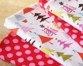 Cloth Napkins - Trees with Red and Pink Polka Dots - Set of 4 Reversible Cloth