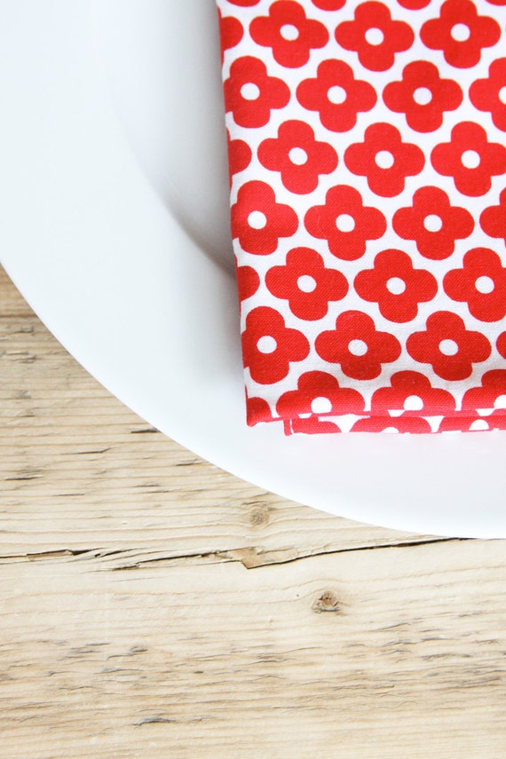 Cloth Napkins - Red Flowers on White - Farmers market fresh - Set of 4 Reversible Cloth LAST AVAILABLE of this fabric