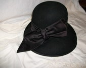 Take a Bow Black Vintage Hat