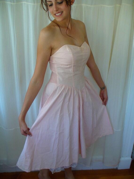 Vintage 70s Pink Gunne Sax Dress - Sweetheart Neckline