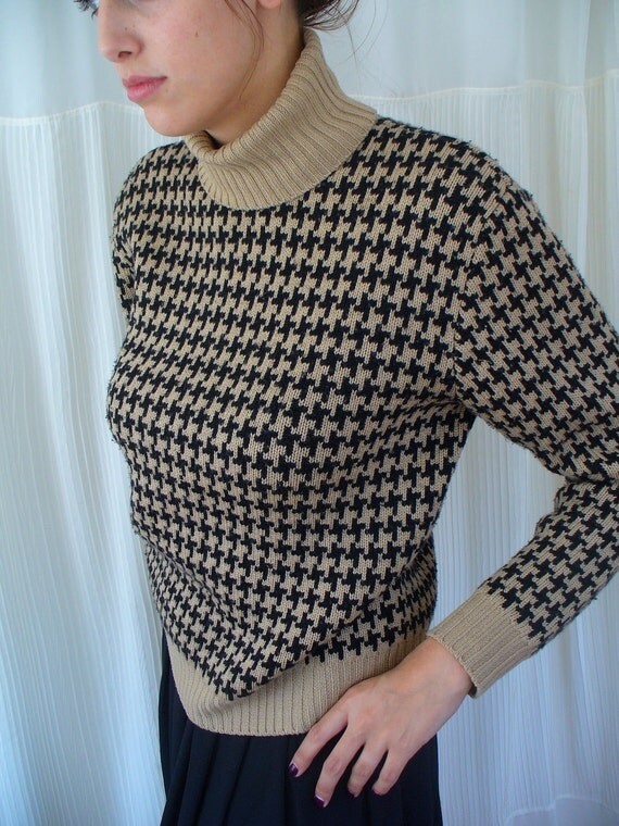 Vintage Merino Wool Houndstooth Sweater - Tan and Black - Mod