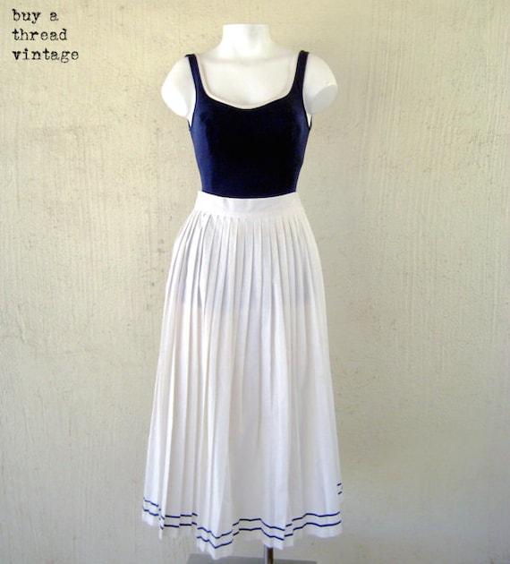 Vintage Topics of California White Cotton Nautical Pleated Skirt