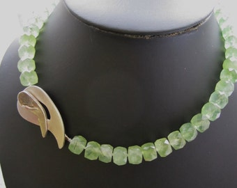 Green Prehnite Necklace ./. Green Stone Necklace ./. Collier Vert ./. Large Silver T-Clasp ./. Cube Bead Necklace ./. Swedish Jewelry