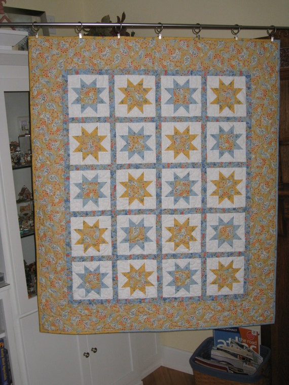 Texas Bluebonnet Star quilt or wall hanging in yellows and blues